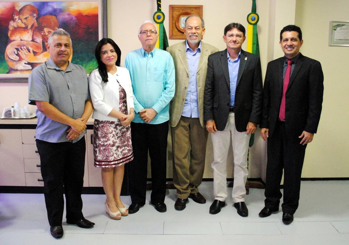 Conselho de Reitores das Universidades Cearenses tem novo presidente