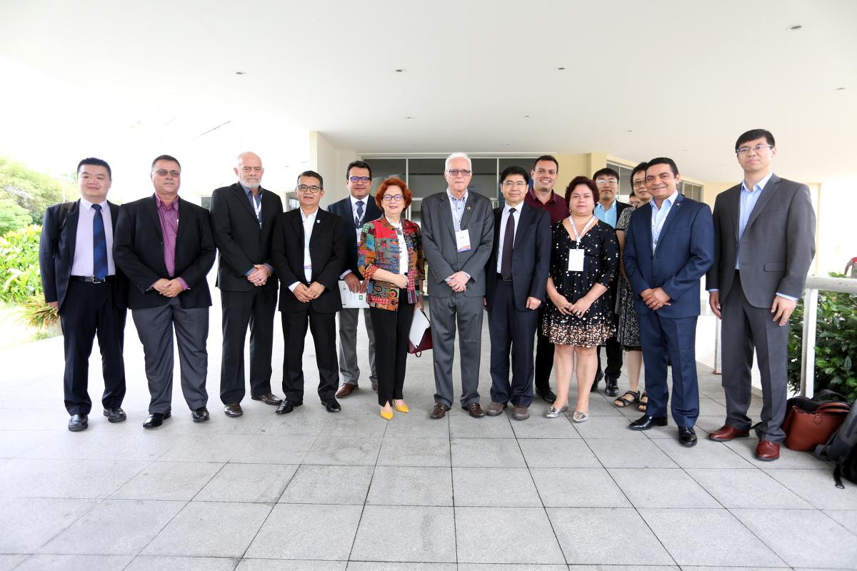 Missão chinesa dialoga sobre oportunidades de cooperação com instituições cearenses